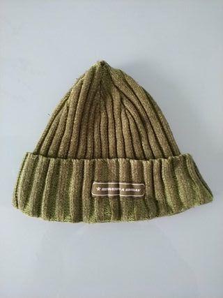 Gorro lana verde pequeño