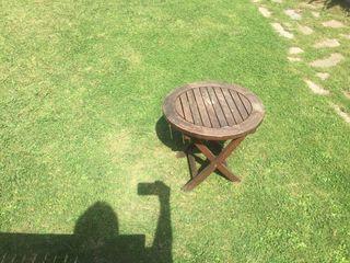 Mesa pequeña jardin