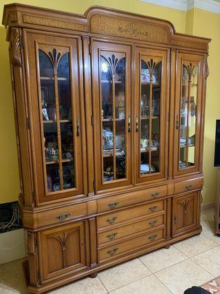 Muebles de alta calidad en madera de Nogal