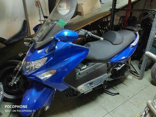 Moto Kymco 500cc