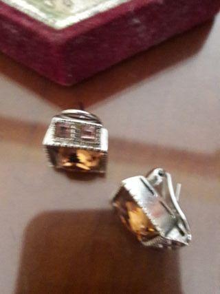pendientes plata con piedra en marron