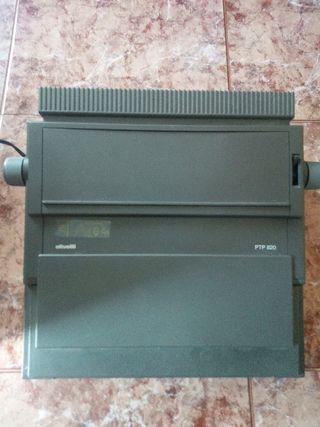 Máquina Olivetti PTP 820