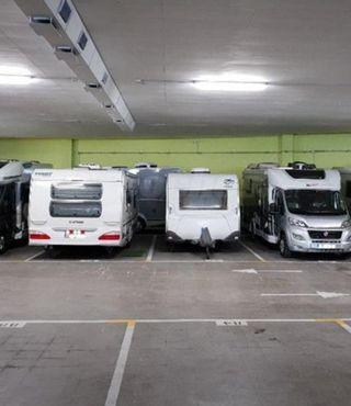 Garaje Caravana, Autocaravana, Camper , Furgoneta.