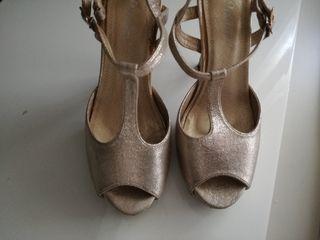 sandalias doradas taco 10 cm