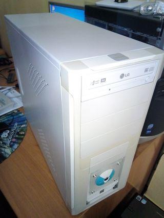 torre de ordenador pc intel asus