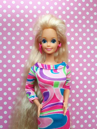 Muñeca barbie totally hair.