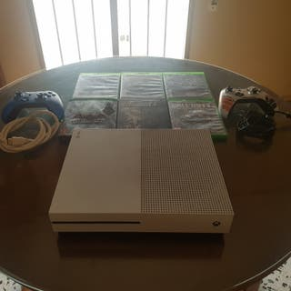 Xbox One+2 Mandos+6 Juegos