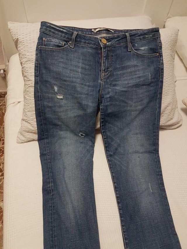 pantalón Zara woman. talla 42