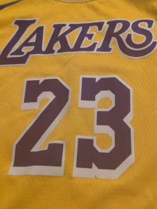 NBA Lakers t-shirt