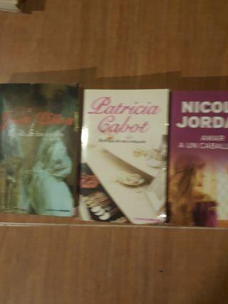 3 Novelas romanticas de época