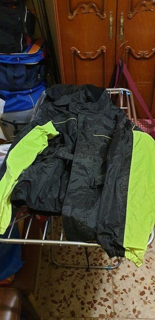 traje de agua moto o quad