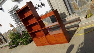 Mueble de baldas ,de madera maciza