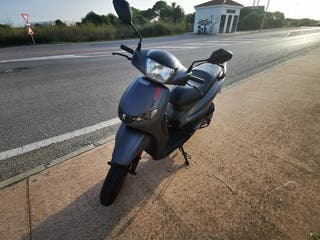 Scooter Peugeot Tweet rs 125cc 2015