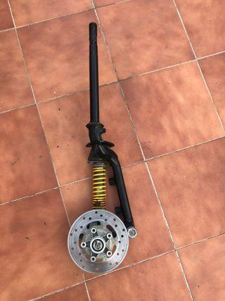 Horquilla piaggio zip antigua vespa