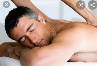 Masajista español, masaje relajante.