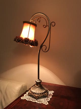 Lámpara de sobremesa // Lámpara de mesa