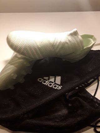 Botas de fútbol niño. Adidas Nemeziz 17+FG J