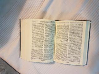 NUEVA BIBLIA DE JERUSALEN