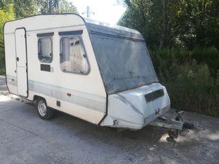 vendo caravana de menos de 750kg