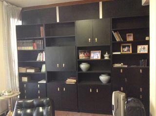 Mueble comedor o despacho negro