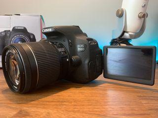 Cámara de fotos y vídeo Canon 700d + 2 baterías