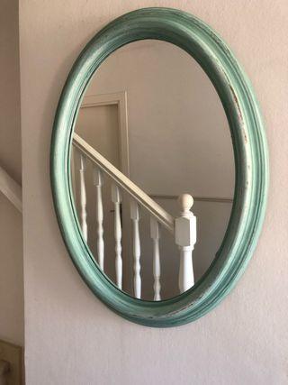Espejo ovalado antiguo restaurado
