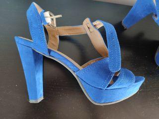 Zapatos de tacón azul eléctrico talla 38