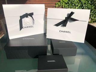 3 cajas de CHANEL
