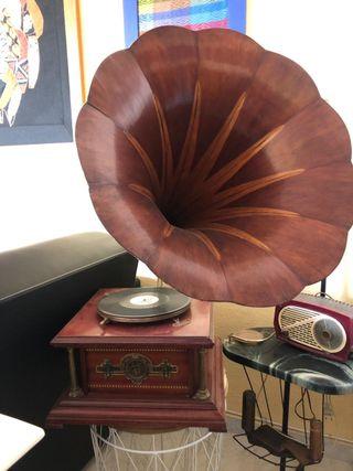 Gramófono Pathe año 1908