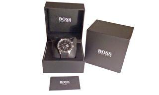 Reloj Hugo Boss, nuevo, sin uso, con caja
