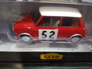 Mini Cooper S a escala 1/18 del año 1965. Nuevo