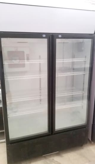 Armario exposicion bebidas frias (cold drinks)