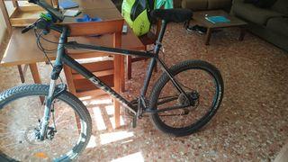 Vendo bicicleta de montaña Btwin