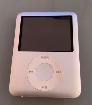 IPOD NANO 4 GB SILVER