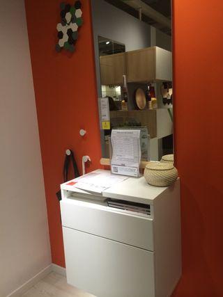 Mueble de entrada con espejo IKEA C