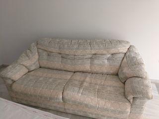 2 sofás cómodos