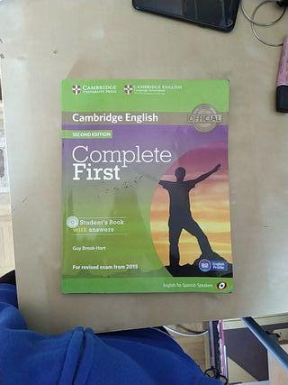 libro de inglés CAMBRIDGE ENGLISH COMPLETE FIRST