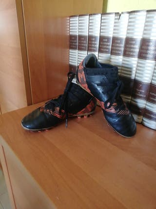 botas de fútbol de niño adidas
