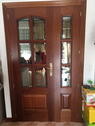 Puertas de madera maciza en perfecto estado