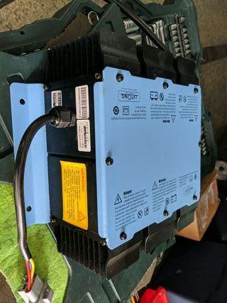 Cargador batería plomo 48v 25A
