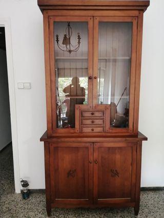 Mueble clásico madera maciza