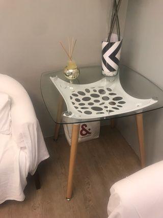 Mesa comedor cuadrada