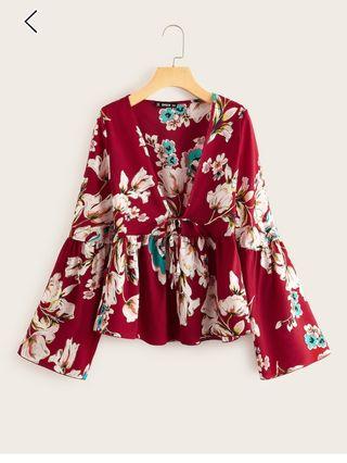 Blusa Floral roja con volante