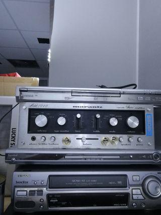 Amplificador Marantz 1040