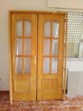 Conjunto de puertas Acristaladas de salon
