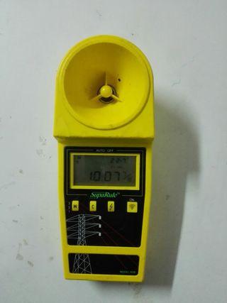 Medidor de distancia a cables por ultrasonido