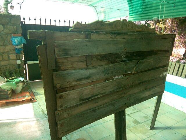 cabecero rustico madera antiguo