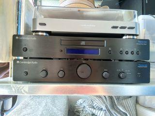 Amplificador + Reproductor + Altavoces