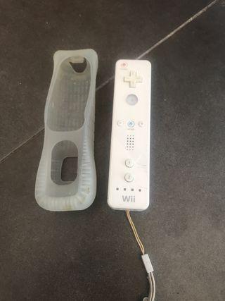Mando Wii con funda protectora