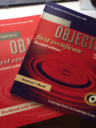 "Libros inglés ""objective"" first"